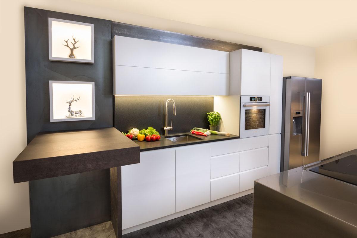 Küche Mit Side By Side Kühlschrank: Hintergrund